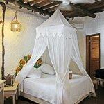 Room Girasol