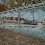 Mural of river boat scene on Ohio