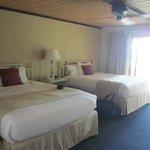 2-Q room