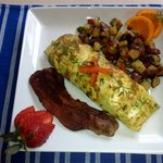 Roasted Red Pepper and Herb Cheese Omelette