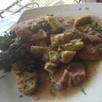 Veal Scallopini al forno with prosciutto & artichoke hearts. mmm..