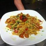 uno dei nostri piatti, stroncatura con porcini alici pachino olive e pecorino abbruzzese