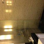 Deluxe' Bathroom