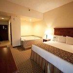 Magnuson Hotel Alexandria Airport Room