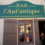 ‪Bar L'Aut'antique‬