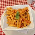 pasta with tomato, cream and mushrooms