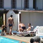 Repos au bord de la piscine