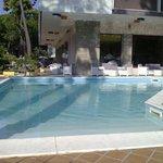 piscina hotel corona