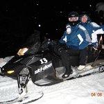 Subida para o restaurante em snowmobil