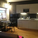 Day area - kitchenette and table
