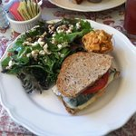 correction: roasted ZUCCHINI sandwich with mixed greens salad