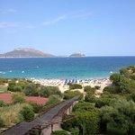 vista della spiaggia di Sos Aranzos dalla reception