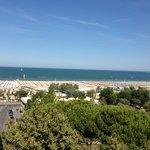 La plage vue de l'hôtel