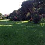 le parc avec aire de jeux pour enfant
