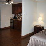 Single Suite Kitchenette