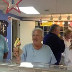 happy customers makes a happy store