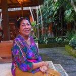 Ibu Saraswati yang ramah.