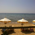 la spiaggia vista dal chiosco