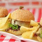 Trio Burger