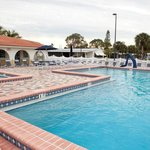 Heated Swimming Pool & Spa