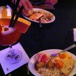 Bar lounge cocktail + repas à volonté