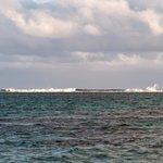 Breakers Chrashing into Barrier Reef