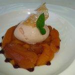 nectarines au miel et épices douces, sorbet pêche blanche