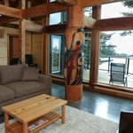 Raven Lodge- Unit 1 Ucluth Beach
