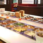 """Buffet à volonté: entrées, plats, desserts + grillades """"Teppanyaki"""""""