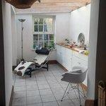 Foto de White Cottages Guest Room