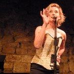 Caroline Nin in Performance