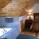 2nd floor bedroom with double jacuzzi tub