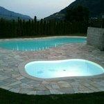 Le piscine di sera.