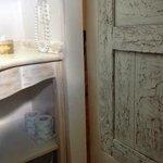 la porta del bagno non permette una sufficiente privacy