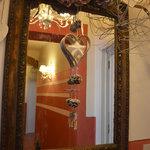specchio del corridoio del Nido di Anna