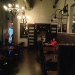 Plae dining room