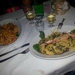 Cortecce gamberi e guanciale e Tagliatelle al nero di seppia con gamberi e pesce spada