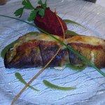 Escalopine de saumon en cannelloni d'aubergine