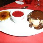 """""""la gourmandise""""  crème brûlée, panacotta coulis de fruits rouge, profiterolle"""
