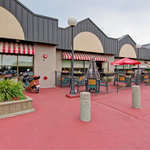 Western Bar & Grille Outdoor Patio - Restaurant On-Site