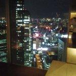 超高層ビルからの夜景