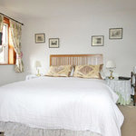 Double bedroom at Mount Pleasant Farm Bed and Breakfast