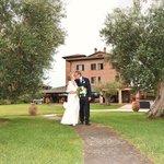 Den flotte hagen gir en perfekt ramme for et bryllup