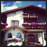 Charming inn!!