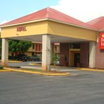 Welcome to the Econo Lodge Inn & Suites