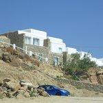 Vista della camere dalla spiaggia di Paradise