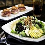 Pear & Blu Salad