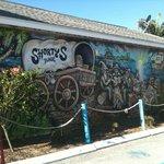 Mural facing Hwy 41 South