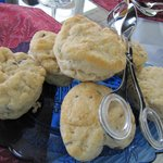 Lavender biscuits at breakfast with blackberry jam--also very yummy!