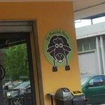 logo aziendale la pecora nera